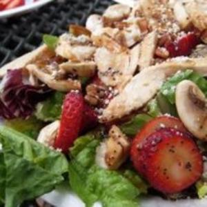 Receita de Salada com Morangos e Cogumelos