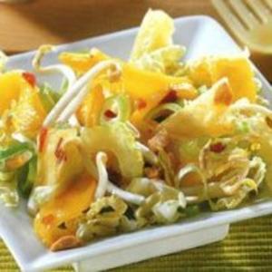 Receita de Salada de brotos de soja à moda asiática