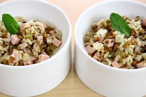 Receita de Salada de Cereais, Abacaxi e Peito de Peru