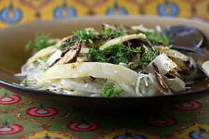 Receita de Salada de erva-doce, cogumelo e parmesão
