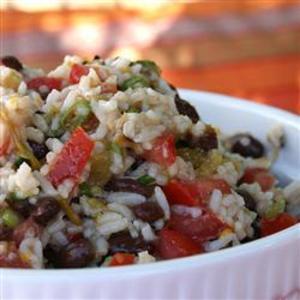 Receita de Salada de feijão preto e arroz integral
