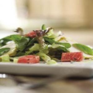 Receita de Salada de Frango com Melancia