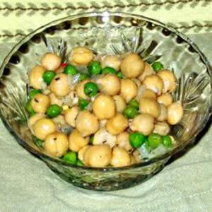 Receita de Salada de grão de bico com ervilha
