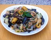 Salada de Macarrão com Funghi e Berinjela