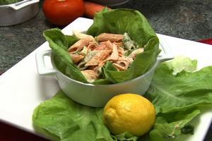 Receita de Salada de Macarrão Tricolore Com Peito de Peru