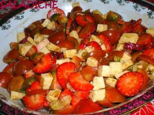 Receita de Salada de Morango Salgada