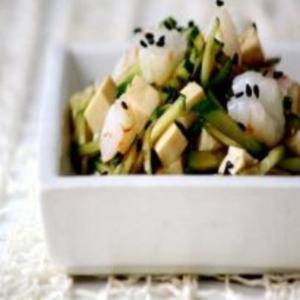 Receita de Salada de pepino, camarão e tofu
