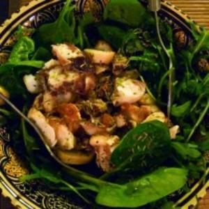 Receita de Salada de polvo e broto de beterraba