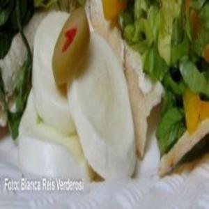 Receita de Salada no pão Sírio