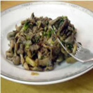 Receita de Salteado de Shimeji com Cebolinha Verde