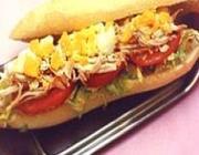 Sanduíche de Metro de Frango e Tomate