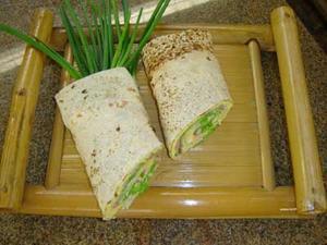 Receita de Sanduíche de Omelete no Pão Folha