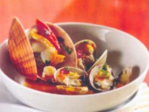 Receita de Sauté de vôngoles e mariscos com molho de tomate
