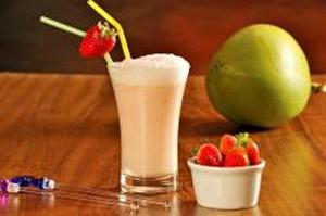 Receita de Smoothie de Água de Coco e Iogurte
