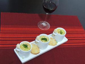 Receita de Sopa Creme de Mandioquinha com Brócolis e Argolinha