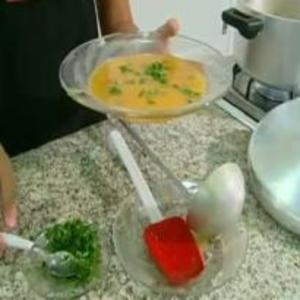 Receita de Sopa de caqui do Globo Rural