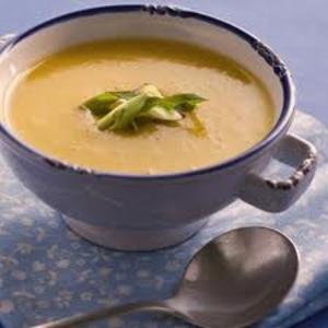 Receita de Sopa de Mandioquinha com Calabresa