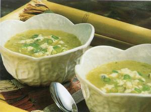 Receita de Sopa de  Salsão e Roquefort