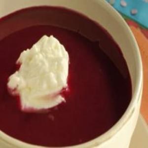 Receita de Sopa Gelada de Beterraba
