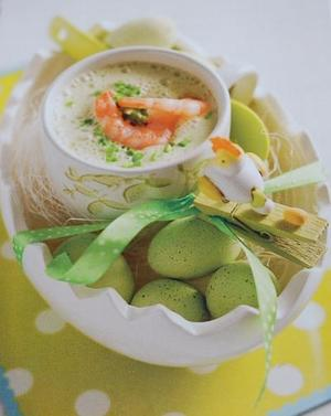 Receita de Sopinha espumosa de cebolinha com camarões