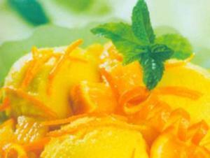 Receita de Sorvete de baunilha ao perfume de especiarias e laranja