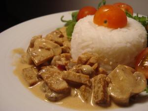 Receita de Strogonoff de Seitan e Tofu