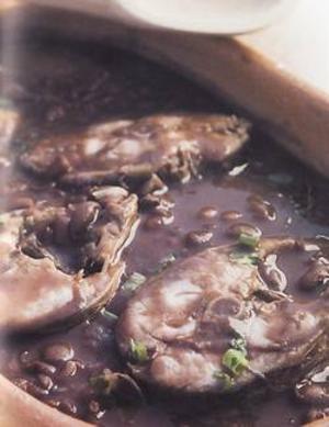 Receita de Tainha cozida no feijão