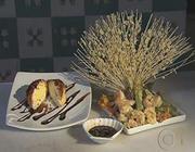 Tempurá de legumes, camarão e sorvete frito