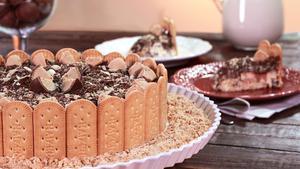 Receita de Torta Charlote com Biscoito Maizena