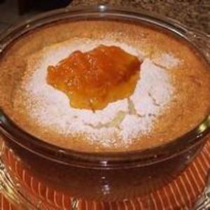 Receita de Torta de ricota com calda de damasco