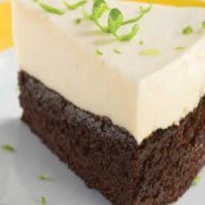 Receita de Torta gelada de limão com brownie
