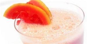 Receita de Vitamina de frutas com aveia e suco de soja