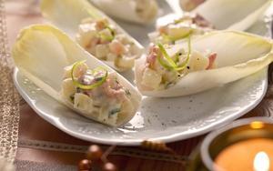 Receita de Barquinhas de endívia com salmão e batata
