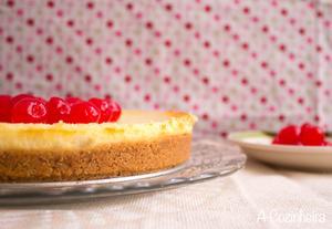 Receita de Cheesecake com Cerejas ao Maraschino