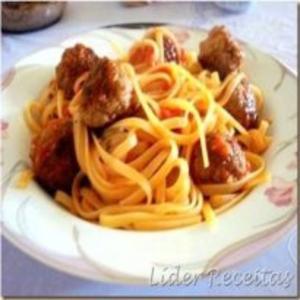 Receita de Espaguete com Almôndegas de Atum