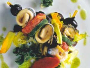 Receita de Espetinhos de anchova, tomate e azeitonas