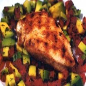 Receita de Frango grelhado com salada de abacate