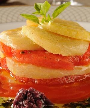 Receita de Mil Folhas de Alcachofra com Tomate Confit