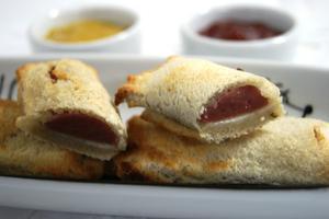 Receita de Mini Hot Dog de Forno