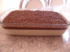 Receita de Mousse de Limão com Cobertura Cremosa de Chocolate