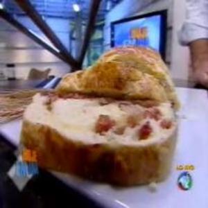 Receita de Pão de Linguiça do Edu Guedes