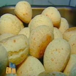 Receita de Pão de Queijo Caipira do Edu Guedes
