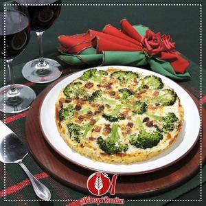 Receita de Pizza de Macarrão com Brócolis
