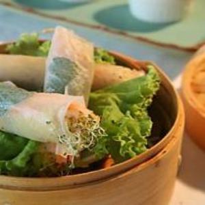 Receita de Rolinho vietnamita de camarão e legumes