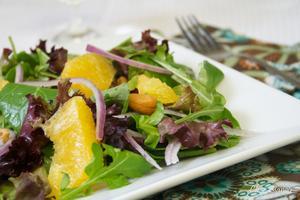 Receita de Salada com laranja e castanha de caju