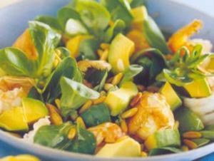 Receita de Salada de abacate com lagostins e verdura