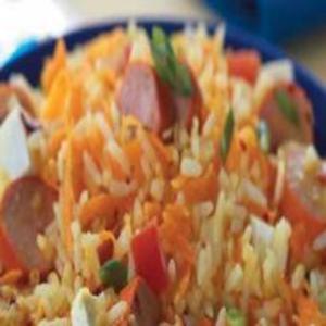 Receita de Salada de Arroz com Salsicha