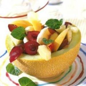 Receita de Salada de frutas com hortelã no melão