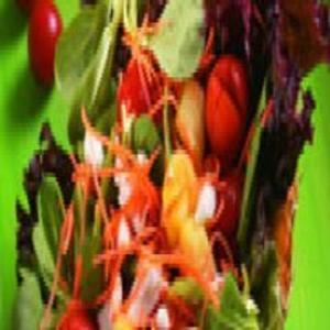 Receita de Salada Fresca no Abacaxi