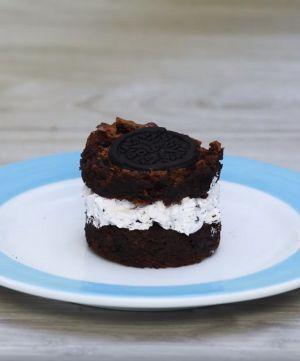 Receita de Sanduíche de Brownie com Sorvete de Biscoito
